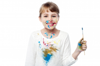 Messy Girl Painter ID-100282557 (5) 061115